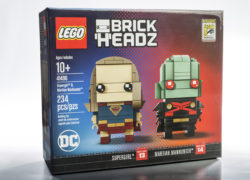 LEGO SDCC Exclusive Supergirl and Martian Manhunter Brickheadz