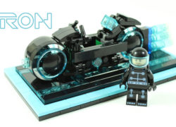 LEGO TRON Legacy Light Cycle